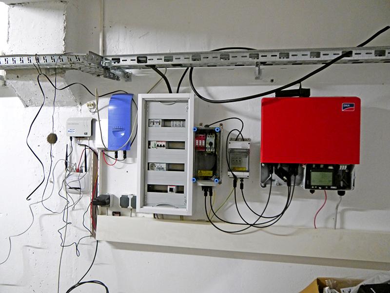 aufbau einer solaranlage auf dem raketenberg in zachow. Black Bedroom Furniture Sets. Home Design Ideas